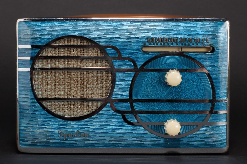 Sparton 500C Radio Blue Cloisonné with Catalin Cabinet - Rare